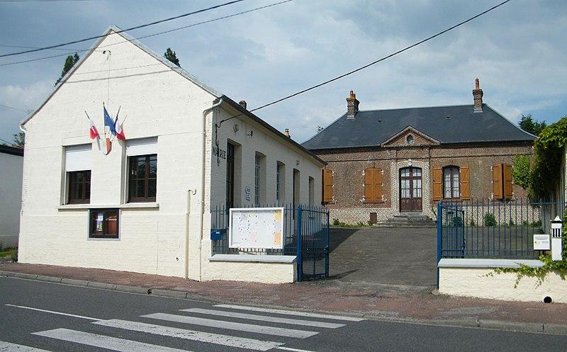 File:Forest-Montiers, Somme, Fr, Mairie, ancienne école de garçons.jpg