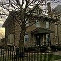 Former Holy Trinity RC Church rectory, Niagara Falls, New York - 20201119.jpg