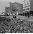 Fotothek df ps 0000988 Hochhäuser - Wolkenkratzer ^ Straßenszenen.jpg
