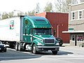 Freightliner truck in North Bend, WA (2008-04-26), 01.jpg