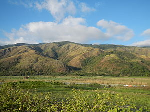 Geography of the Philippines - The Sierra Madre Mountains viewed from Gabaldon