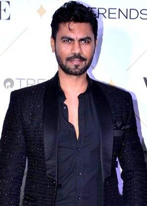 Gaurav Chopra - Image: Gaurav Chopra graces Vogue Beauty Awards 2017
