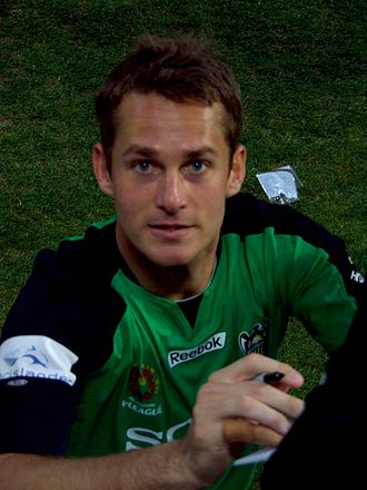 Glen Moss - Moss with Wellington Phoenix in 2009