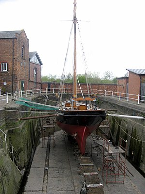 Dock (maritime) - A small dry dock in Gloucester, England