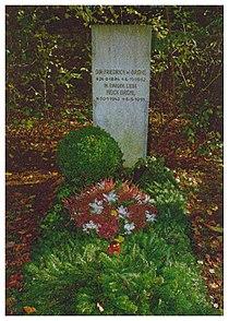Grave Brühl Heidi.jpg