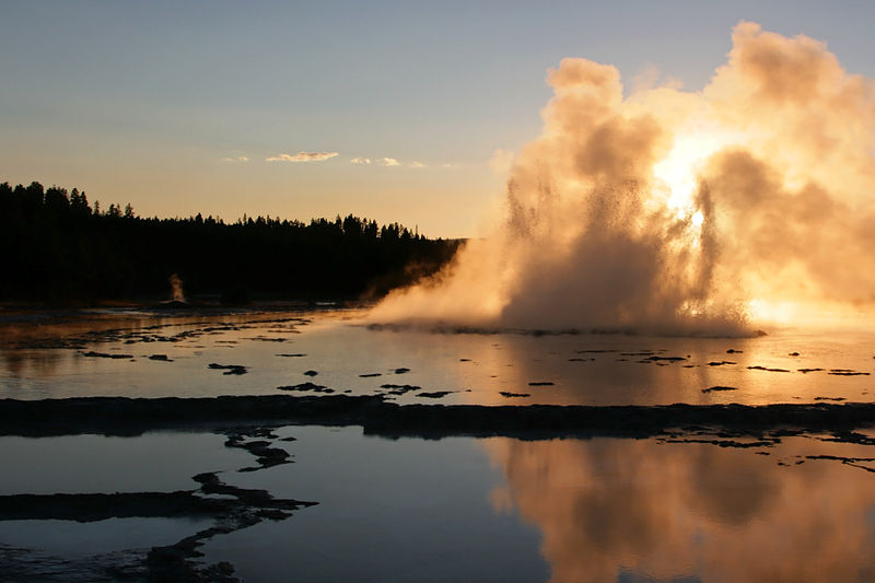 File:Great Fountain Geyser Sunset.jpg