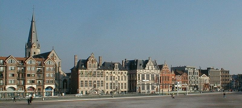 Image:Grote Markt Sint-Niklaas breed.jpg