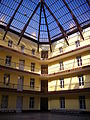 Guise - familistère ; palais social, pavillon central intérieur (01).JPG