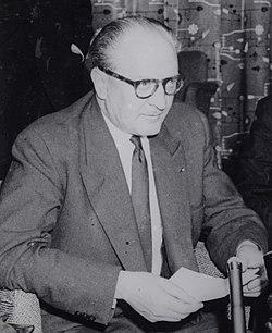 Guy Mollet 1956.jpg