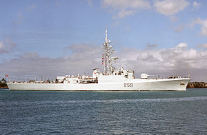 HMCS Terra Nova (DDE 259) at Pearl Harbor 1986