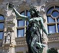 Hamburger Rathaus fountain.jpg