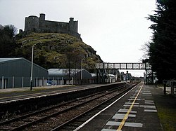 Harlech Railway Station - geograph.org.uk - 214776.jpg