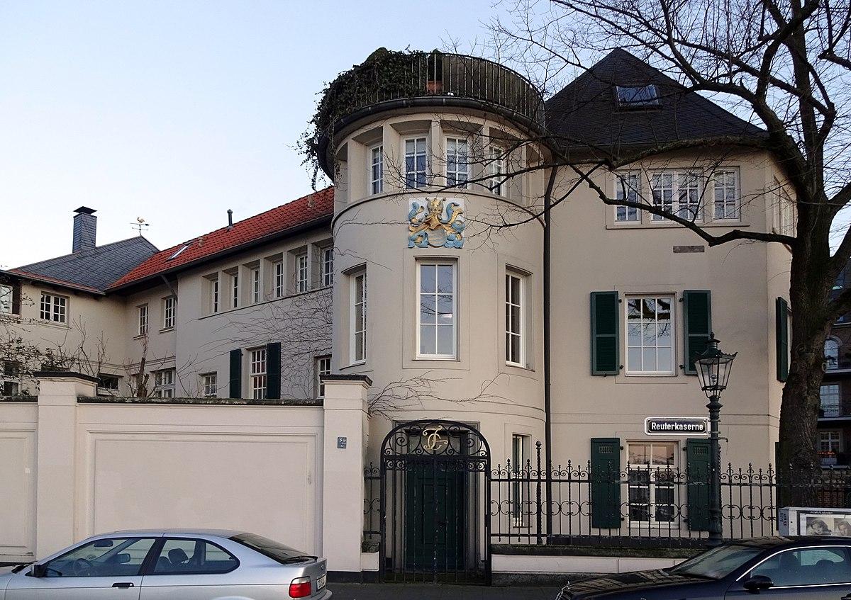 File:Haus Ritterstraße 2, Düsseldorf-Altstadt, Seite zur