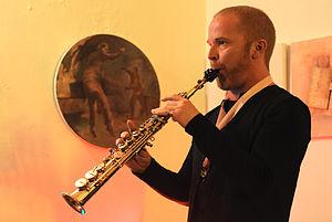 Hayden Chisholm - Chisholm performing in Istanbul in 2010