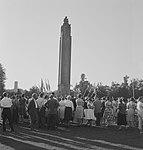 Herdenking Slag om Arnhem. Airborne-monument te Oosterbeek, Bestanddeelnr 912-9419.jpg