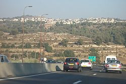 Highway 1 at Abu Ghosh exit 2006.jpg