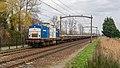 Hulten VolkerRail 203-1 met beladen ballasttrein (49634988037).jpg