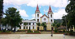 Iglesia de Gacheta.jpg