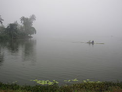 Inya Lake 19 Nov 2009.JPG