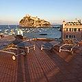 Ischia arrival (14643973857).jpg