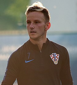 Ivan Rakitic 2018 (cropped)