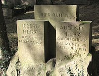 Jüdischer Friedhof Schwelm - Grabstein Joseph Herz.jpg
