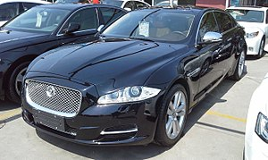 Jaguar XJ L X351 China 2015-04-21.jpg