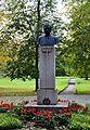Jakob Liivi monument.jpg
