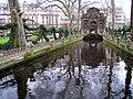 Jardin du Luxembourg - Medici Fountain in winter.JPG