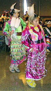 Danseuses de Jingle Dress Dance