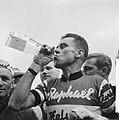 Jo de Roo winnaar Bordeaux-Parijs, Bestanddeelnr 913-9820.jpg