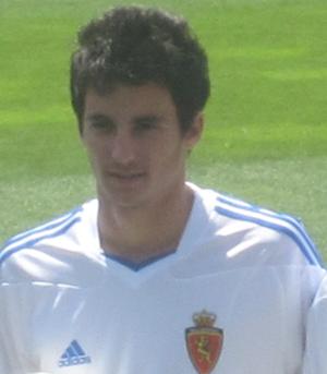 Juan Carlos (footballer, born 1990) - Juan Carlos presented at Zaragoza