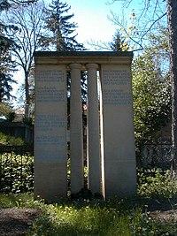 Kós Károly sírja.jpg