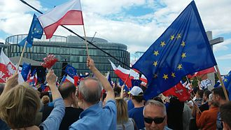 Flag of Europe - A KOD demonstration in Warsaw, Poland against the ruling Law and Justice party, on 7 May 2016