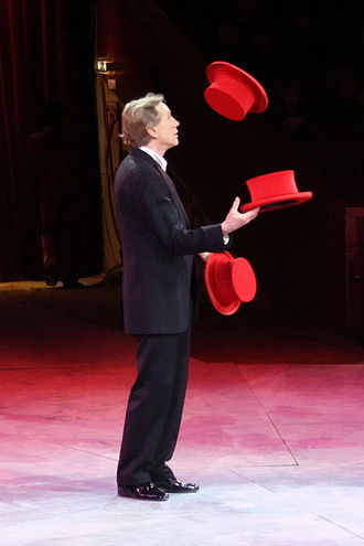 Hat manipulation - Juggling hats