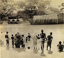 Il fiume davanti al Kalighat nel 1947.
