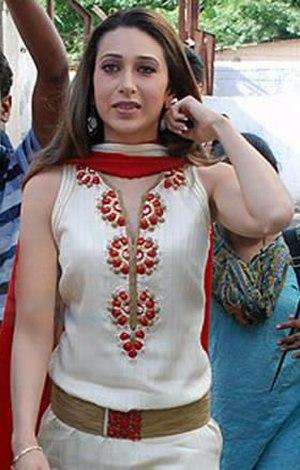 2nd IIFA Awards - Karisma Kapoor (Best Actress)