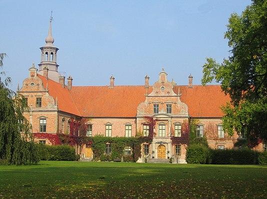 Karsholm Castle