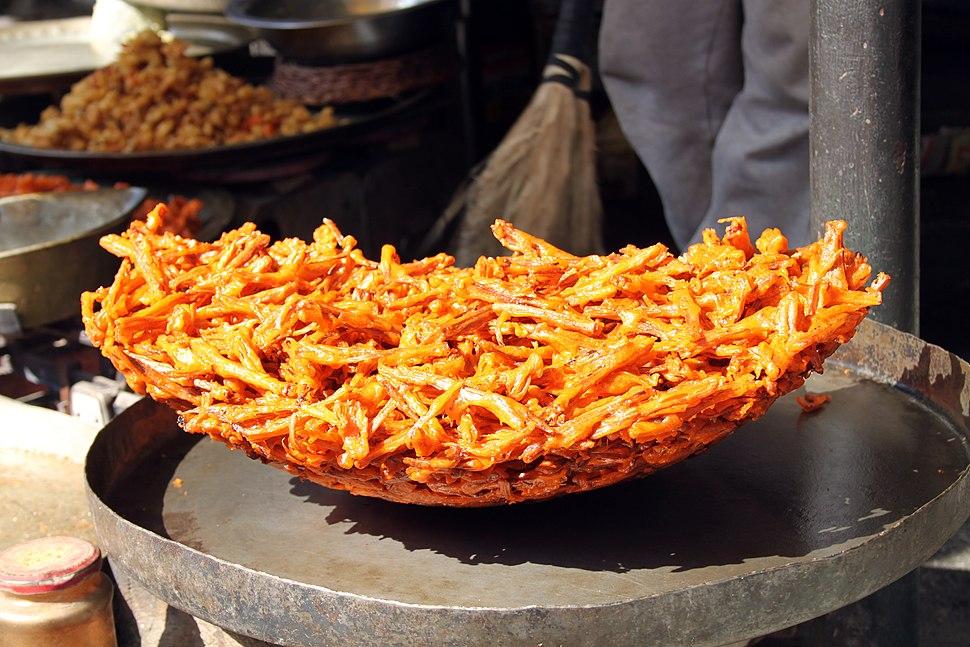 Kashmiri street food (8139530127)
