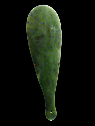 Te Āti Awa - Kataore, Mere pounamu (42cm x 12cm) named after a Ngai Tahu chief killed by Te Rauparaha in the 1830s. Gifted by Riwai Keioni Te Ahu, Te Ati Awa to Sir George Grey. Currently loaned to the Auckland War Memorial Museum, New Zealand.