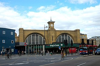 London King's Cross railway station - The former concourse seen in 2008