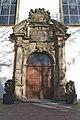 Kirchenportal in Paderborn (38651161280).jpg
