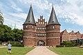 Lübeck, Holstentor -- 2017 -- 0301.jpg
