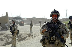 Colt Canada C7 - Canadian soldiers of the Kandahar Provincial Reconstruction Team (PRT) on a patrol with the C7A2.