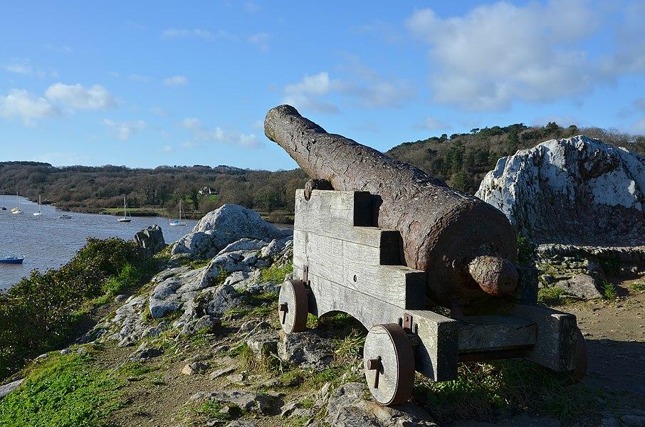 Cannon used on the ship Le Juste (built in 1724), La Roche-Bernard, Morbihan, France.