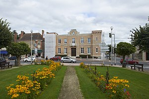 Lamotte-Beuvron - Image: Lamotte Beuvron town hall A