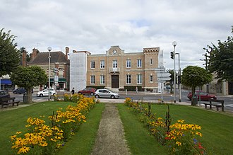 Lamotte-Beuvron - Image: Lamotte Beuvron town hall A