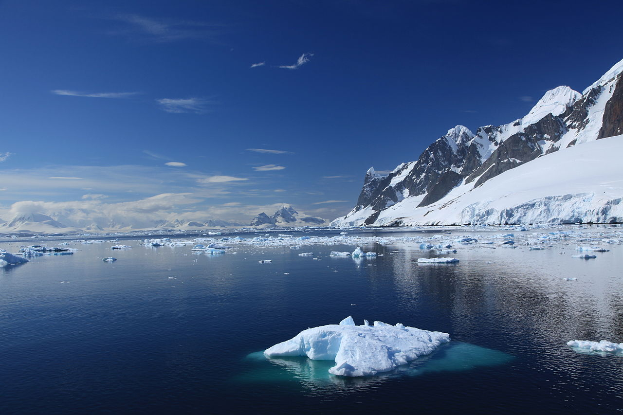 Lemaire Channel on a perfect day! Expedition cruises ship Prince ...