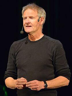 Lennart R. Svensson i et optræden under Strindbergsårets sidste dag, den 20 januar 2013 i Kulturhuset i Stockholm.