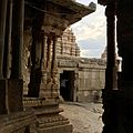 Lepakshi temple courtyard.jpg